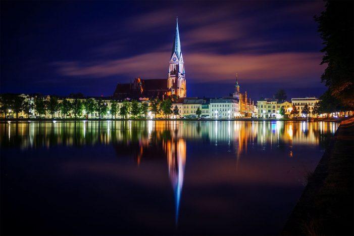 Nachtschwärmer und Casino Fans in Mecklenburg Vorpommern: Was ist in Schwerin los?