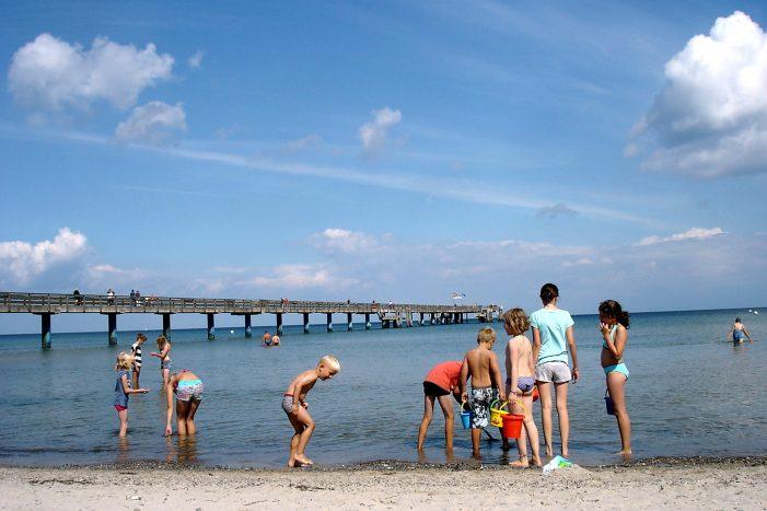 Grüne möchten Badebus an die Ostsee