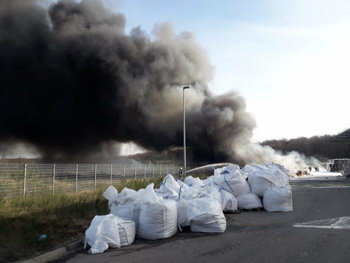 Großbrand Schwerin: Polizei schließt Brandstiftung aus