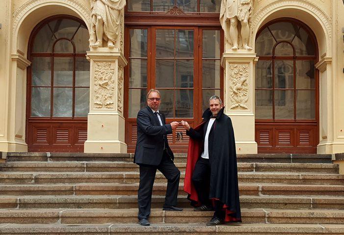 Dracula zieht ins Schweriner Schloss