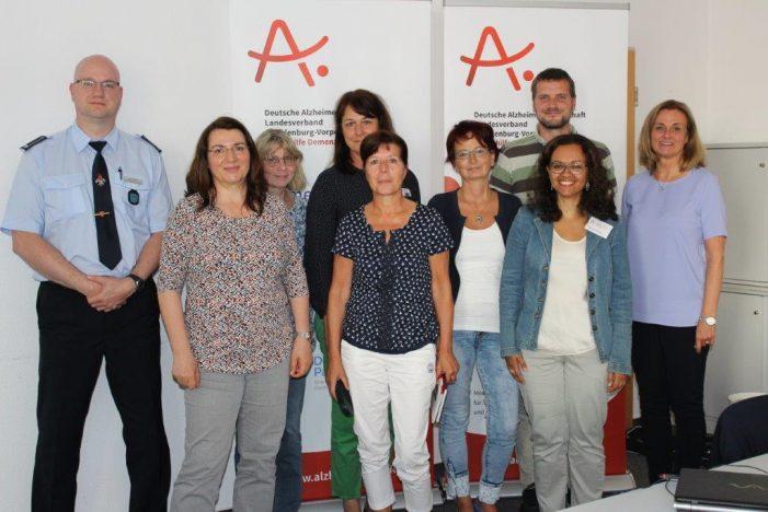 """Stadtverwaltung schult Mitarbeiter als """"Demenz-Partner"""""""