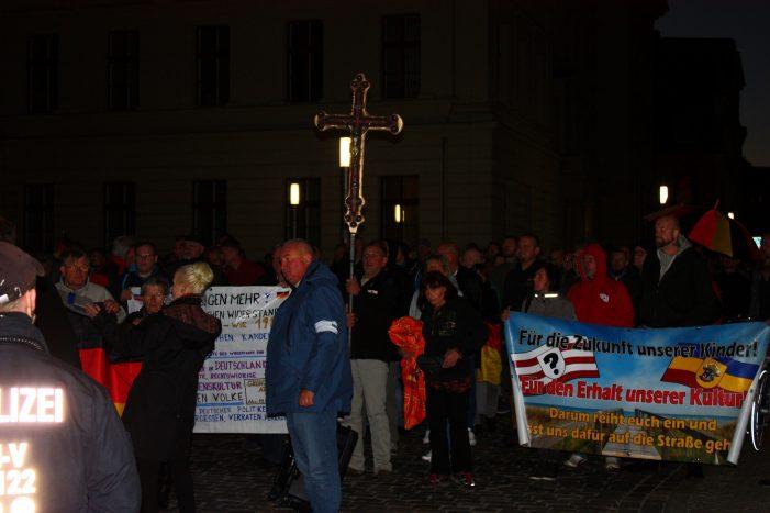 Montagdemos in Schwerin