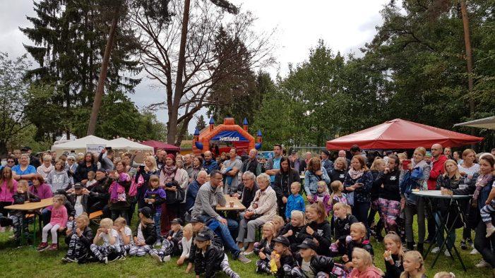 Friedrichsthaler feiern zum 25. Mal ihr Lärchenfest
