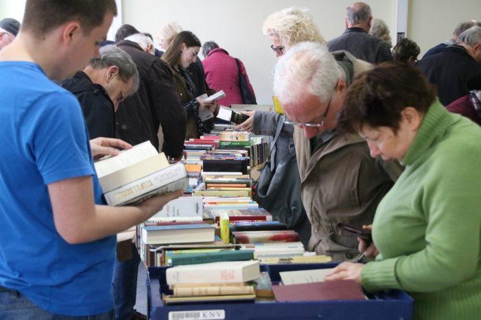 Bücher günstig für Bücherwürmer